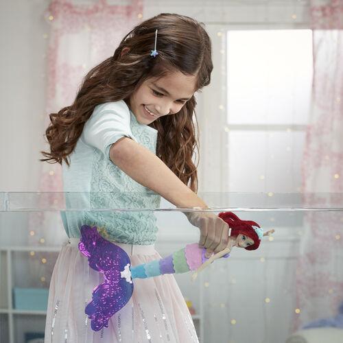 Disney Princess Rainbow Reveal Ariel