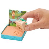 Polly Pocket Surprise Sand Secrets Diorama - Assorted