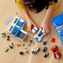 LEGO City Police Brick Box 60270