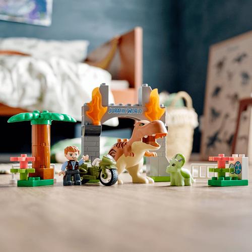 LEGO Duplo Jurassic World T. Rex And Triceratops Dinosaur Breakout 10939