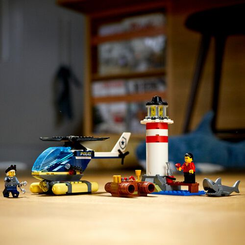 LEGO City Elite Police Lighthouse Captur 60274