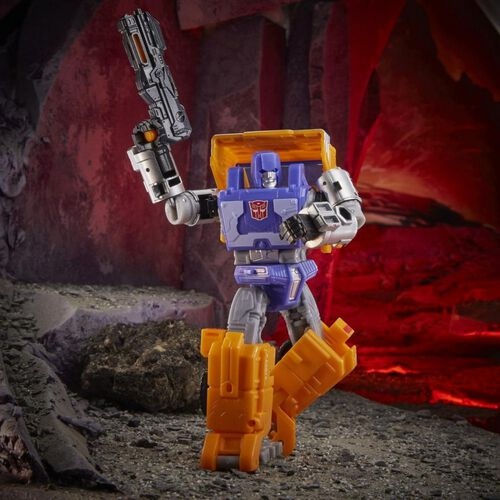 Transformers War for Cybertron Kingdom Deluxe Huffer Action Figure