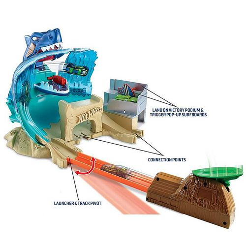 Hot Wheels City Shark Beach Battle Play Set