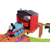 Thomas & Friends Trackmaster Thomas & Nia Cargo Delivery Playset