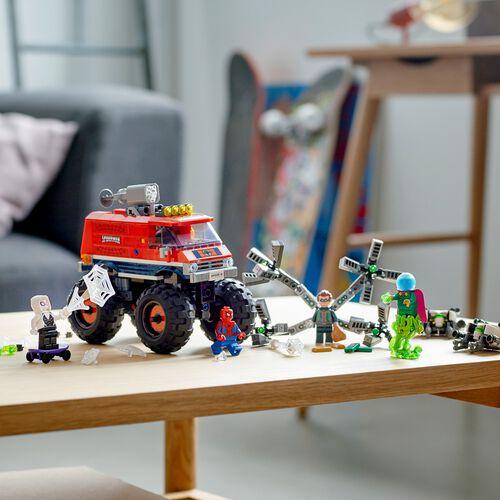 LEGO Marvel Spider-Man Spider-Man's Monster Truck vs. Mysterio 76174