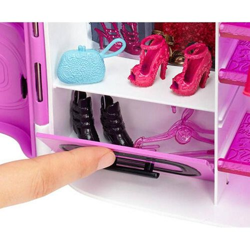 Barbie Fashionistas Ultimate Closet Playset - Assorted