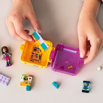LEGO Friends Andrea's Shopping Play Cube 41405