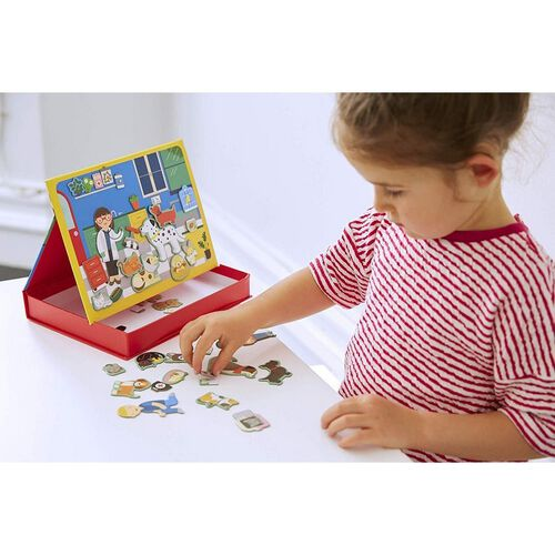Petit Collage Mps Veterinarian Magnetic Play Scene