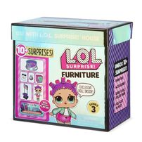 L.O.L. Surprise! Furniture Roller Rink with Roller Sk8er & 10+ Surprises