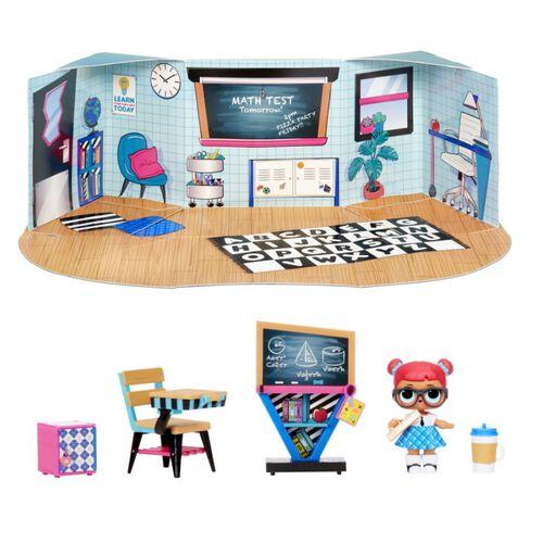 L.O.L. Surprise! Furniture Classroom with Teacher's Pet & 10+ Surprises